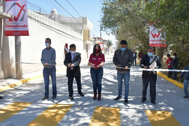 COMPROMISO CUMPLIDO CON EL BIENESTAR DE LAS FAMILIAS DE SAN CRISTOBAL TEPATLAXCO NORMA LAYON1