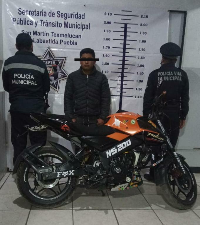 SEGURIDAD PUBLICA DE TEXMELUCAN LOGRA LA DETENCION DE PRESUNTO RESPONSABLE DE ROBO DE MOTOCICLETA 1