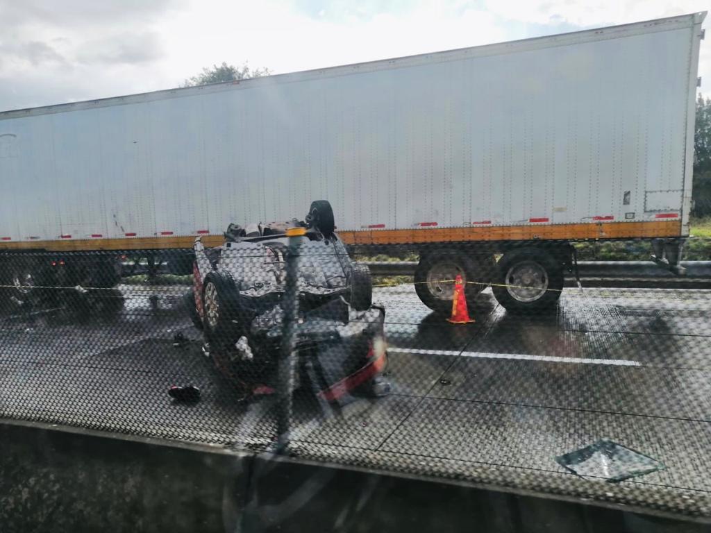 accidente arco norte vehiculo familia