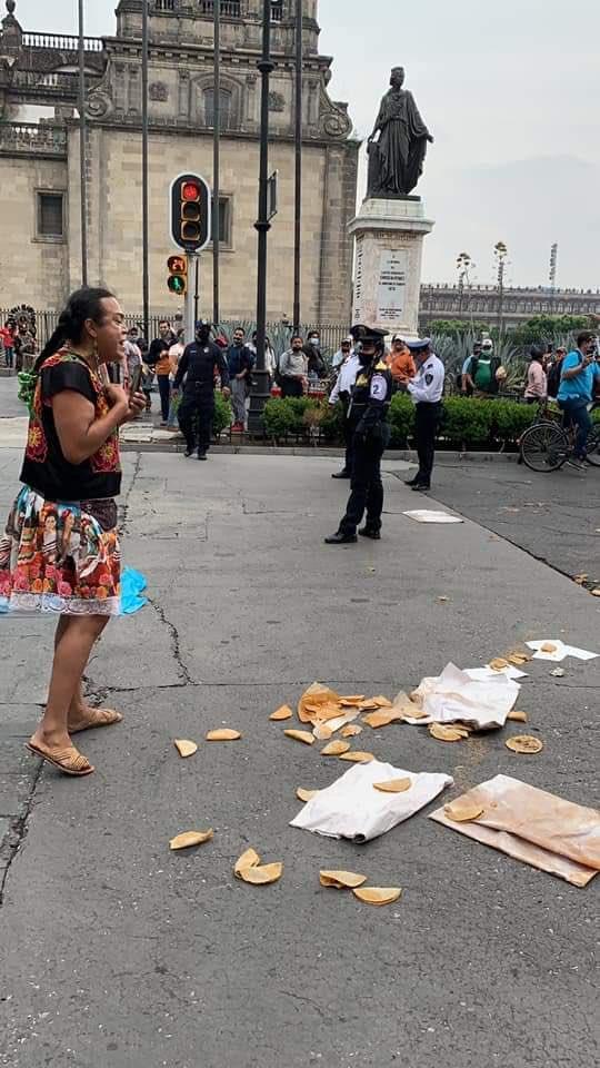 lady tacos de canasta victima policia