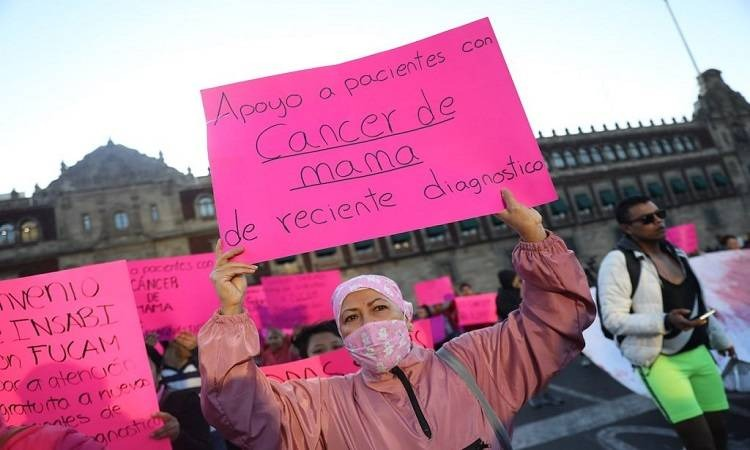 manifestacion mujeres cancer medicamentos