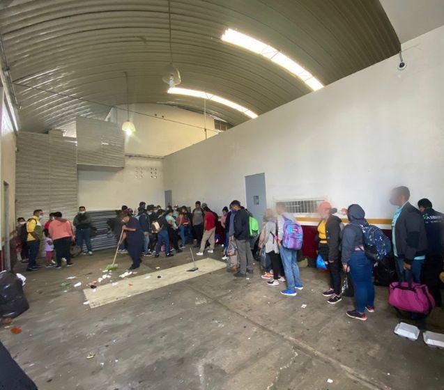 migrantes casetas texmelucan autopista