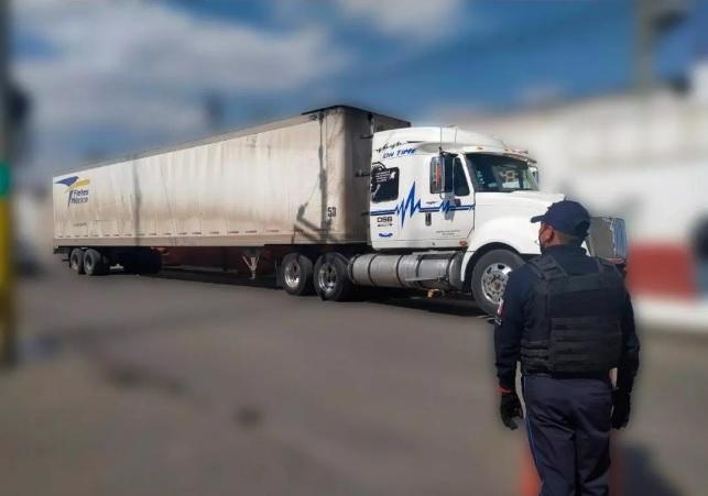 trailer robado en Texmleucan recuperado cholula