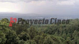 El Valle de Texmelucan visto desde el bosque de San Andrés Hueyacatitla en las faldas del Iztaccíhuatl